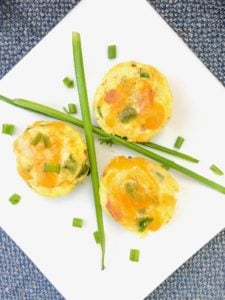 Healthy egg and cheese muffin tin bites | Healthy Breakfast Bites Recipe in the oven | Low carb mini bites