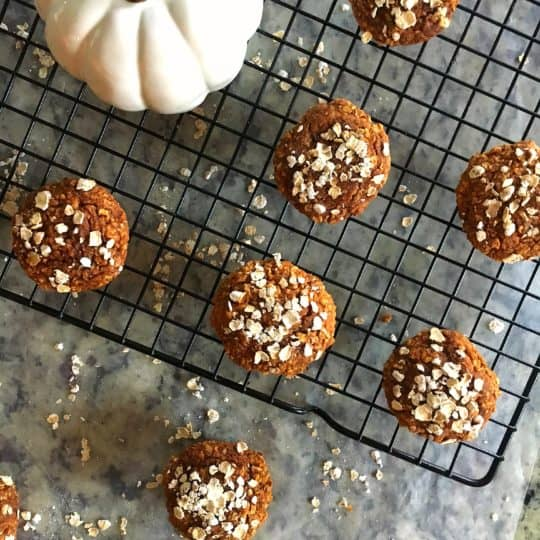 Healthy Oatmeal Pumpkin Mini Muffins