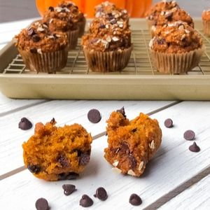 Mini Oatmeal Pumpkin Muffins With Chocolate Chips