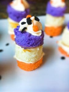 Easy Halloween Mini Cake Stacks
