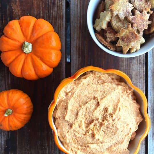 The BEST Pumpkin Fluff Dip
