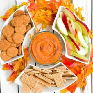 Healthy 3 ingredient easy pumpkin dip with ginger snaps! This dip is vegan, dairy free and gluten free!