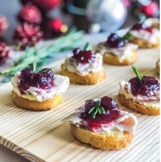 Thanksgiving Crostini Appetizer