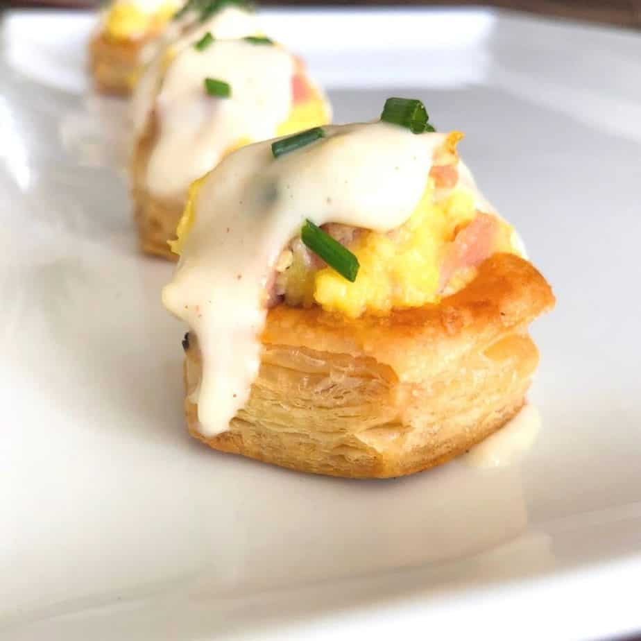 egg tartlet with puff pastry dough