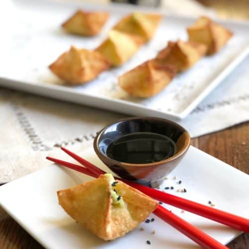 Avocado Cream Cheese Wontons With Sesame