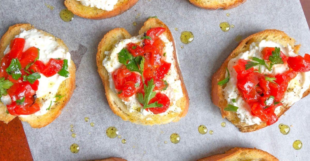 Easy cold crostini recipe