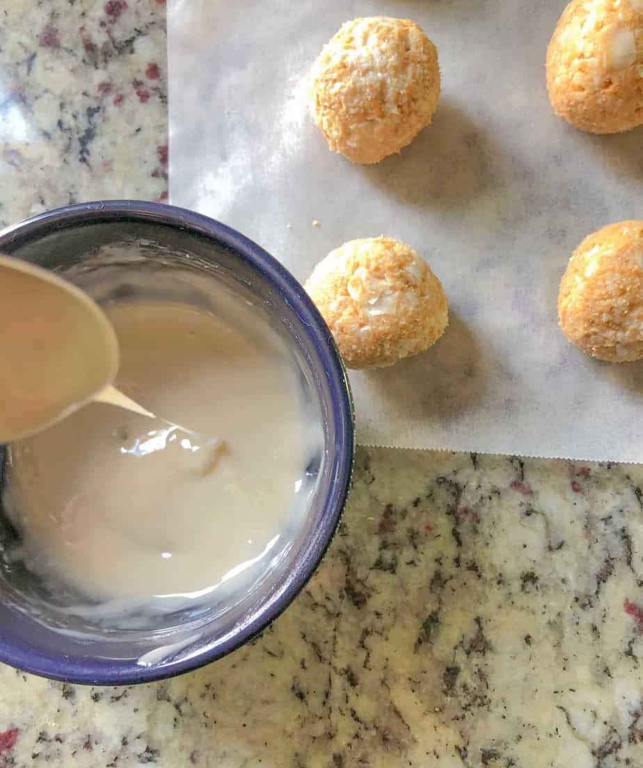 lemon glaze in a bowl