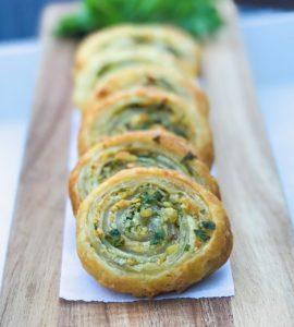 Puff PAstry Garlic n' Herb Pinwheels (4)