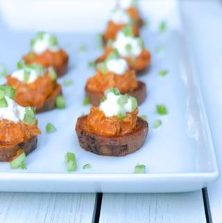 These Roasted Buffalo Chicken Sweet Potato Rounds are an easy make ahead game day appetizer! Football games or thanksgiving, these are the best recipe for entertaining, holiday or a Superbowl party.