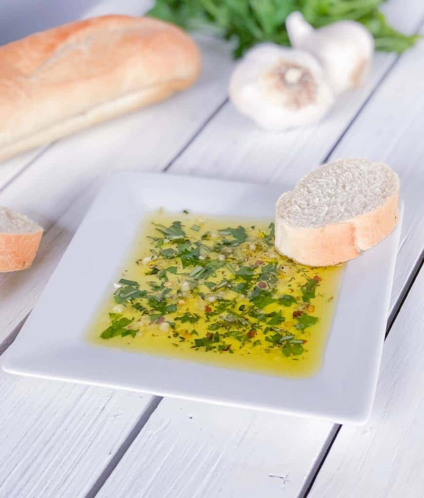 room temperature dipping oil with bread
