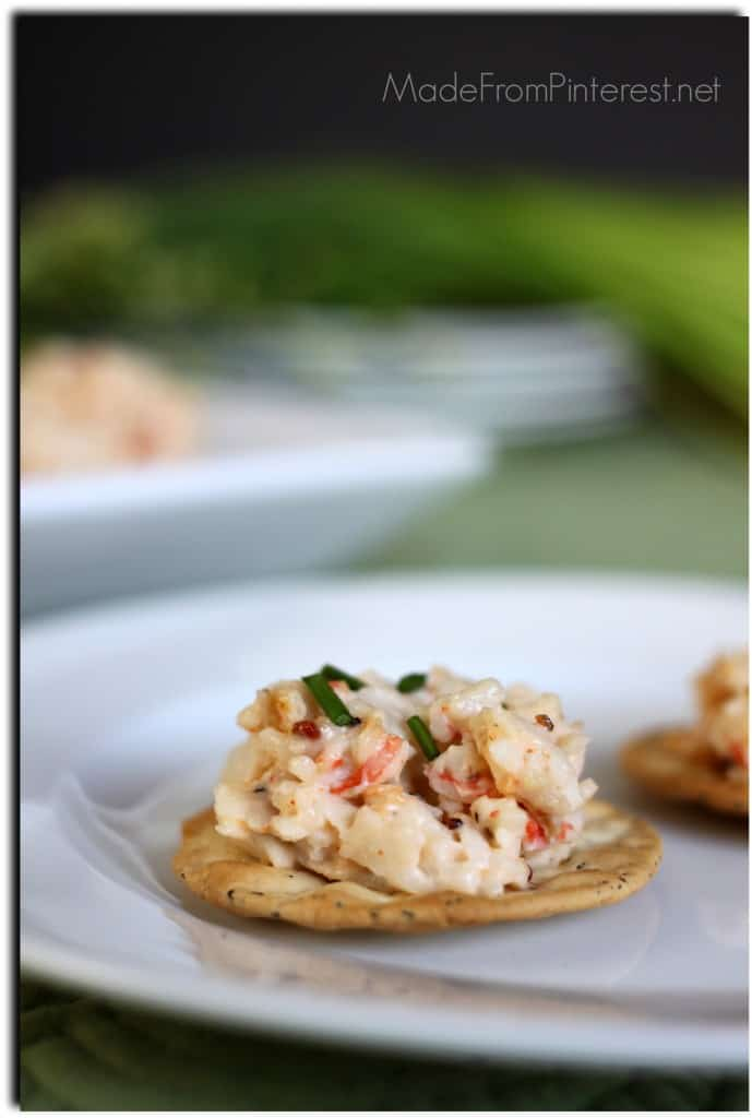 crab dip over crackers