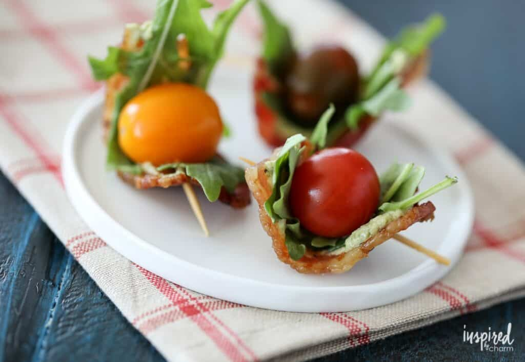 bacon tomatoes on skewers with pesto