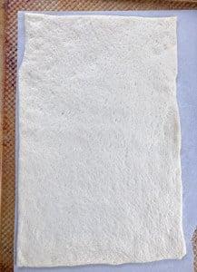 sheet of pizza dough