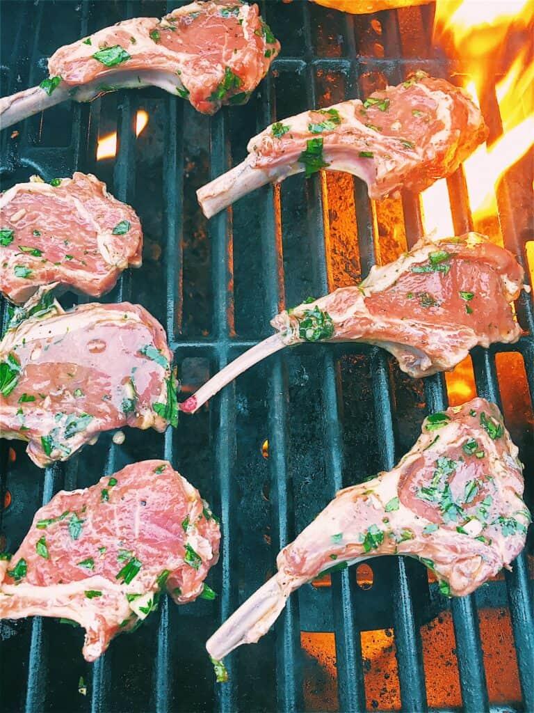 grilling marinated lamb chop lollipops
