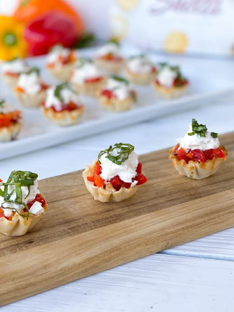 phyllo cups filled with peppers and cheese