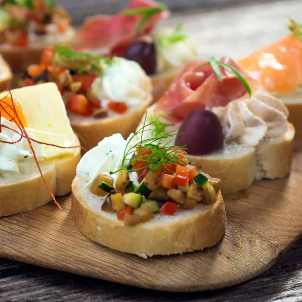 canapes served on bread with an assortment of toppings