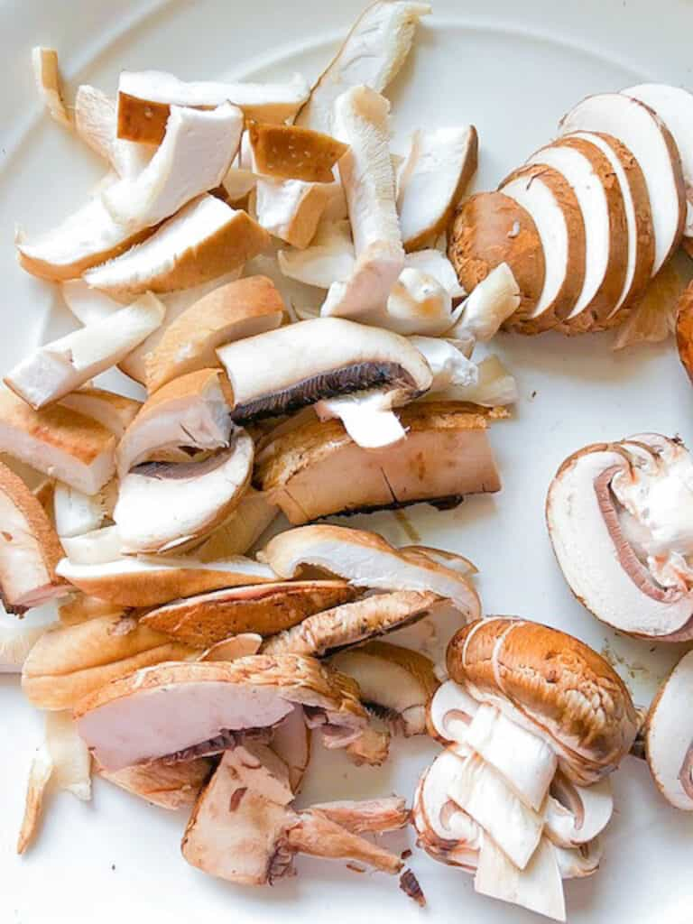 different types of sliced mushrooms