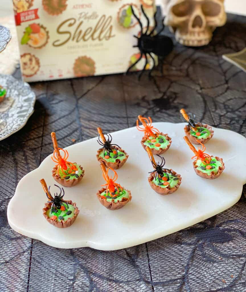 chocolate phyllo shell cauldrons with green marshmallow fluff