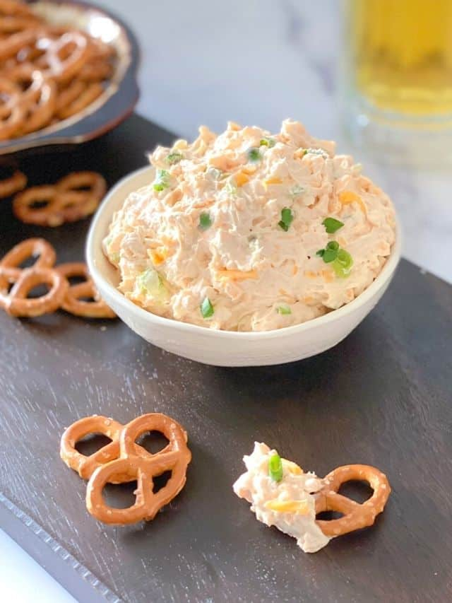 cheddar cheese beer dip for pretzels.